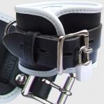 BHW1 - Luxe gevoerde Polsboei - zwart/wit 7cm