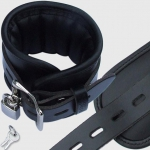 BFB1 - Padded Leather Ancle Cuff black